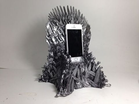 Phones Game Of Thrones Characters Would Use In Our Time